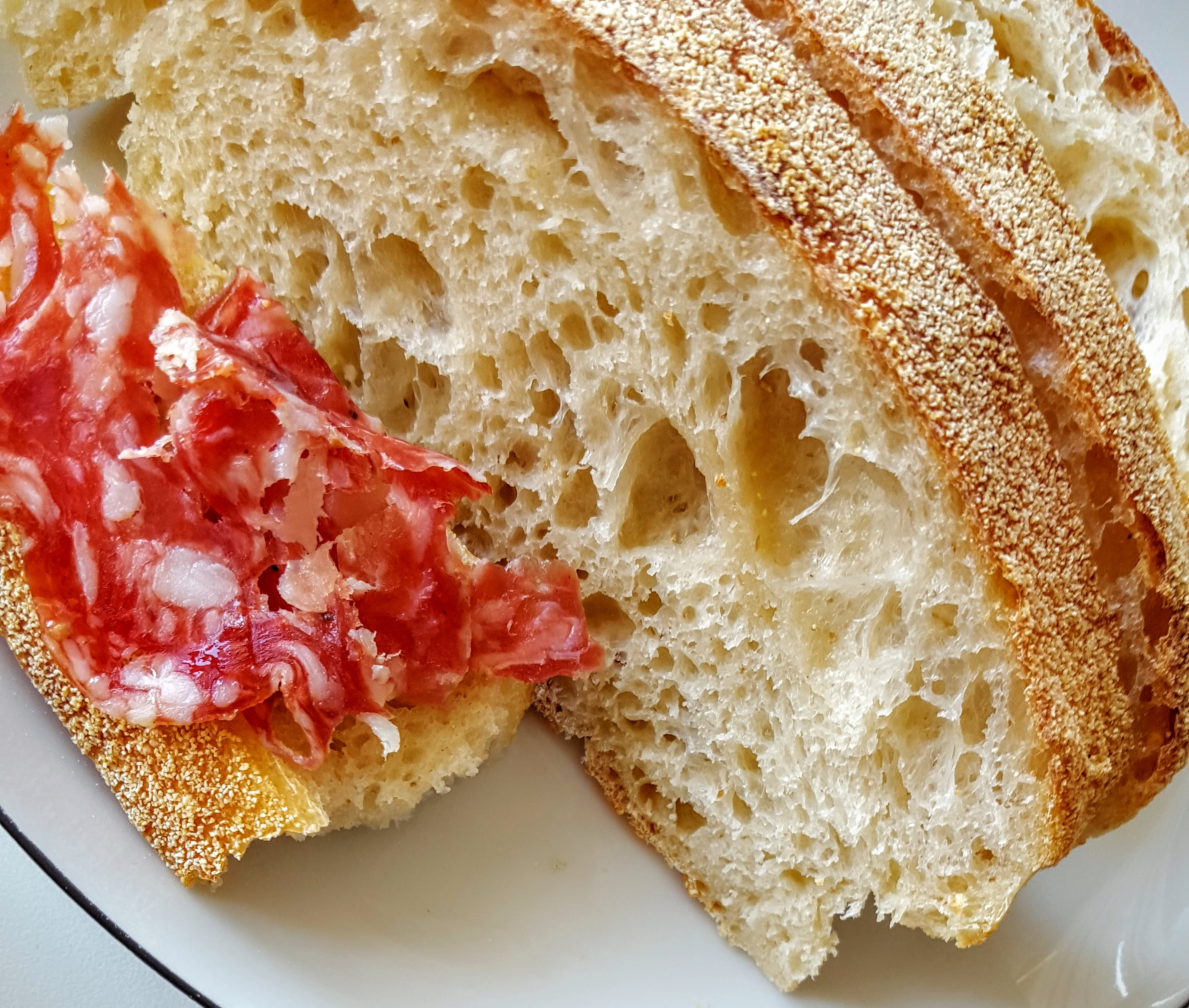Mor Anna durumbrød og fransk salami