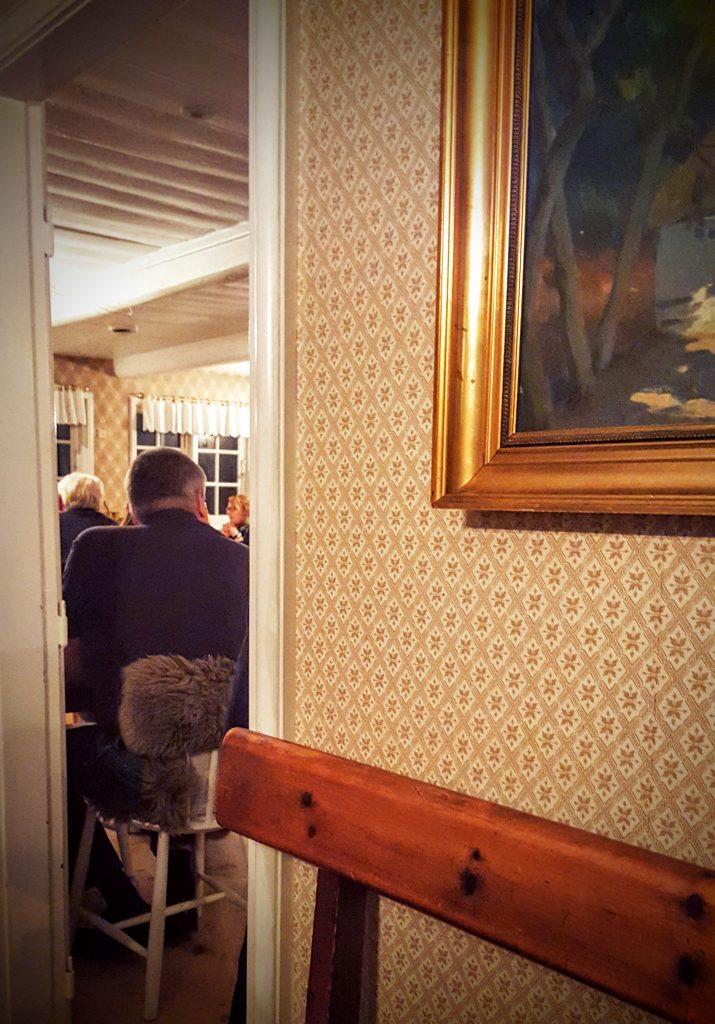Hyggelig atmosfære ved indgangen i Restaurant Skovmøllen; Smag På Byen Aarhus 2016 ved Restaurant Skovmøllen indlæg